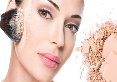 克里斯蒂娜·阿奎莱拉(Christina Aguilera)与廉价超市Lidl达成美容协议