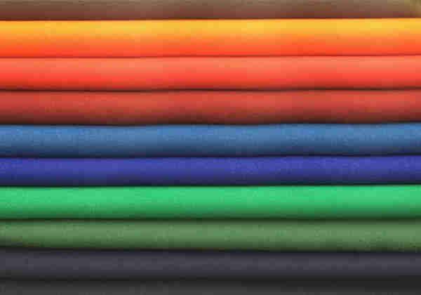 棉织物上意外的超疏水聚多巴胺