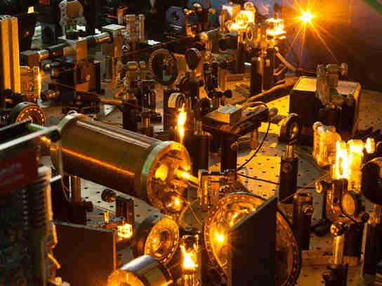 分子光子首次与碱原子接触