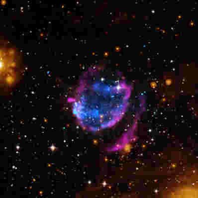 超新星残余G352.7-0.1显示一些异常的属性